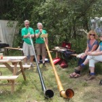 Alp Horn duet accompanying drinkers at the 50p tea cafe