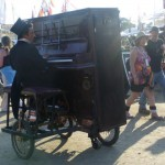 Cycling pianist?!