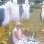 I was just chilling with my mate Jo when these seagulls came up behind me and started goin ''Mine Mine!''one of many funny moments at Glasto