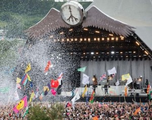Glastonbury 2016 tickets sell out in 30 minutes
