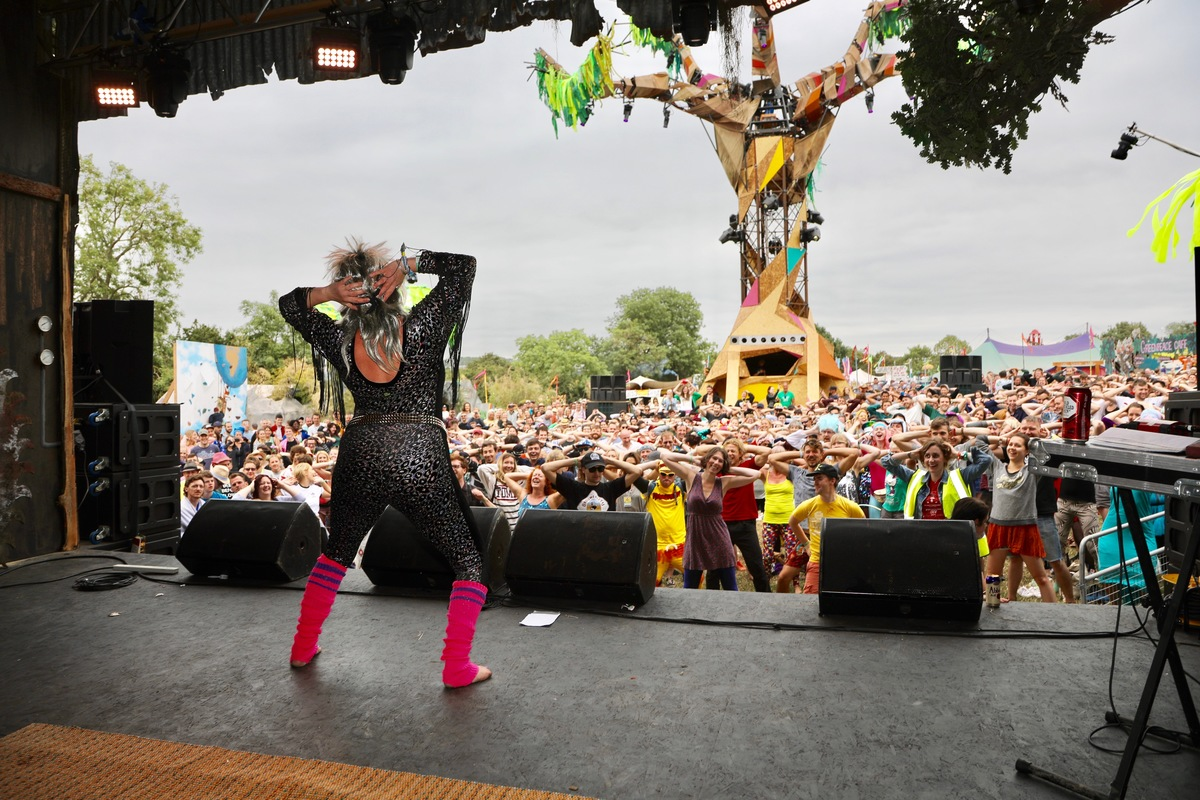 Greenpeace Power Ballad Yoga at Glastonbury 2017