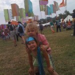 brother and sisterly love at glasto