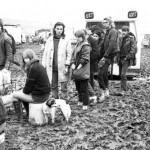 Queue for water 1984.