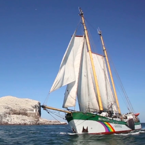 Glastonbury Festival sails with Greenpeace to Skye to launch ocean plastics campaign