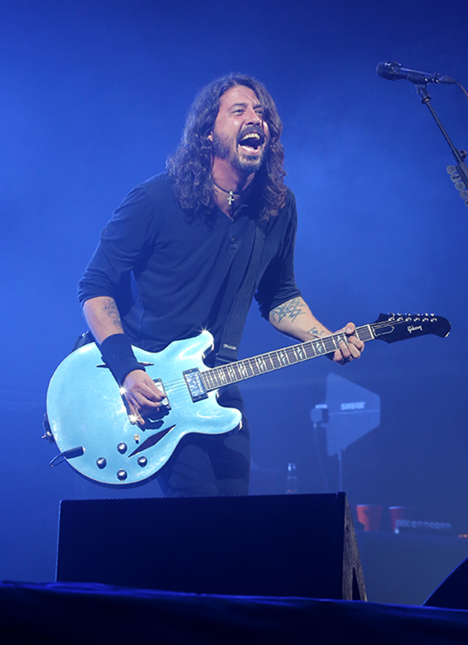 Foo_Fighters_001