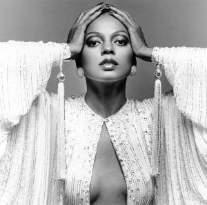 Diana Ross to play Sunday legends slot at Glastonbury 2020