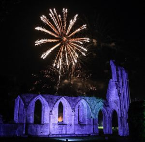 Photos from our 2021 Glastonbury Abbey Extravaganza